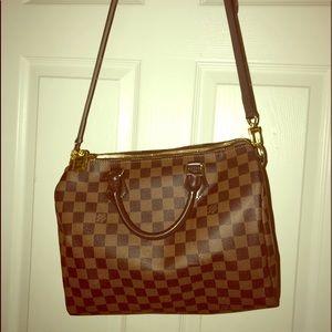 Louis Vuitton- Latest style Speedy BANDOULIERE bag